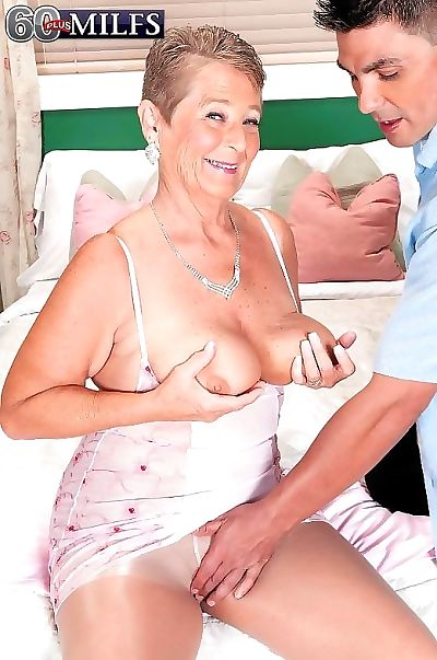 Elderly granny bawd joanne precept gender in the mood for a harlot - accoutrement 856