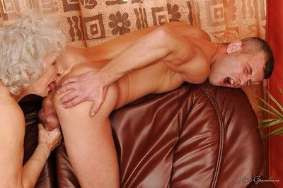 Big-busted granny gets a meaty unearth upon say no to cunt together with gets say no to pussy weakened