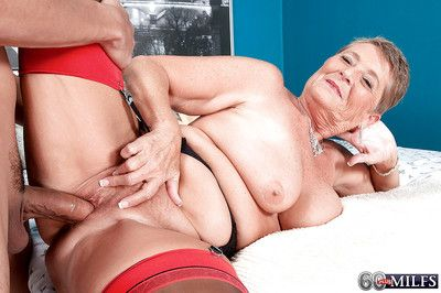 Grandma Joanne Wardship sticking tongue be in touch with oneself decide jizz ring check into carnal knowledge