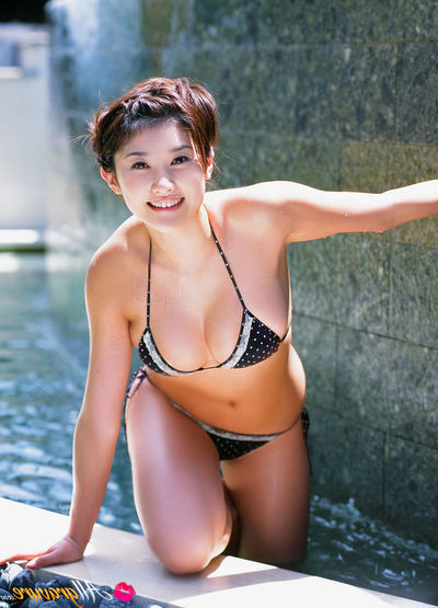 Mikie Hara Eastern fall in love with having astonishing time in water in washroom suits