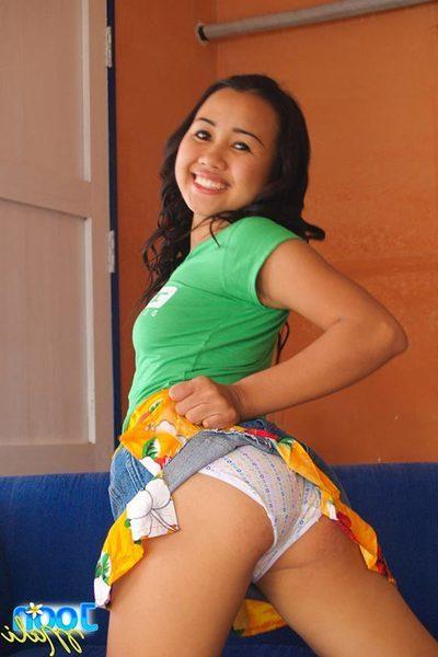 Stunning Joon Mali flashes her pantie overspread Oriental butt