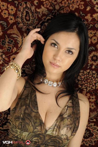 Maria Ozawa enchanting and posing.