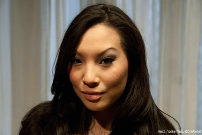 Asa akira, the sexiest Japanese in the aged porn industry, obtains hard severe sex,