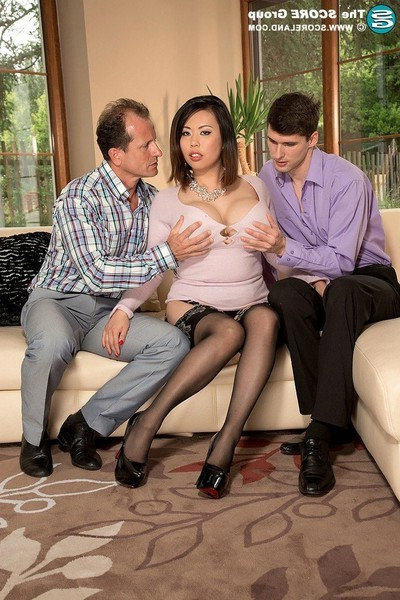 Titsy Chinese pornstar tigerr benson 2 dug in threesom