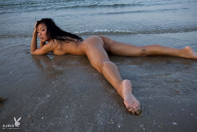 Precious without clothes Chinese angel at the beach