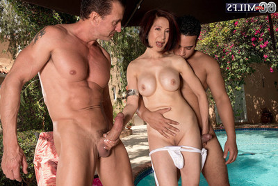 Lusty wild 60 milf floozy kim act twofold prides at the same time