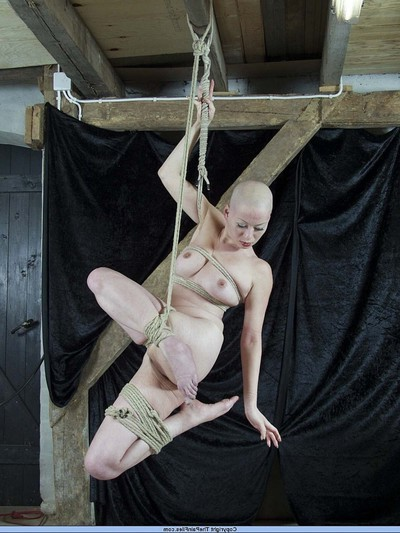 Kumi thug in rope suspension subordination