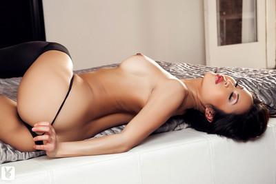 Thuy li seduces u in appealing underware and brown