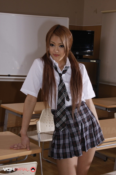 Student In Uniform Flashes Her Melons And Shorts In The Classroom.