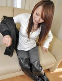 Chinese sweetmeat lowers her jeans and underclothing and has some snatch toying having benefit from