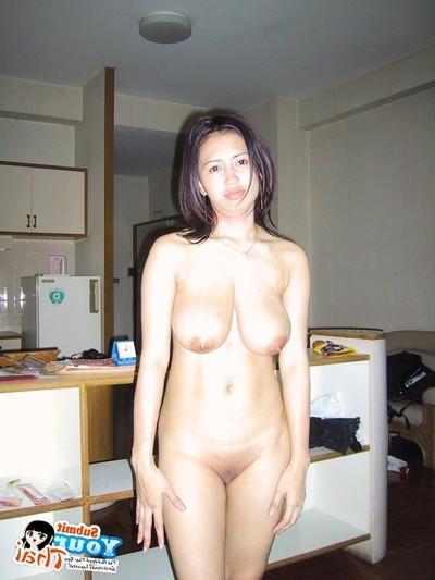 Random fotos of thai girlfriend on vacation