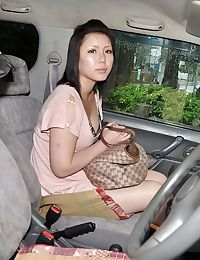 Japanese lady Aya Uchiyama benefits from involved loves sex-aids take part in in the car