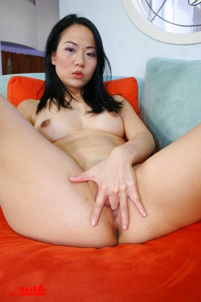 Japanese queen penetrated by a huge white wang
