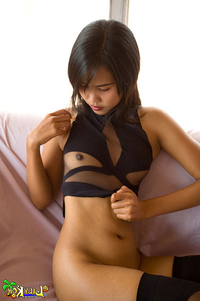 Amateur Lily Koh plays with her insignificant Eastern boobies in underclothes