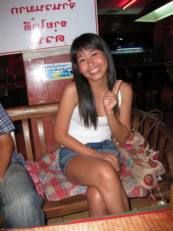 Asian lesbians xxx