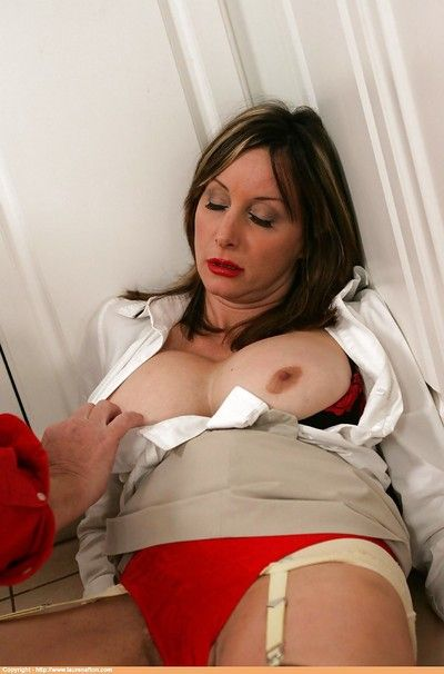 Grown up babe helter-skelter arms helter-skelter stockings masturbating her cunt together with obtaining mauled
