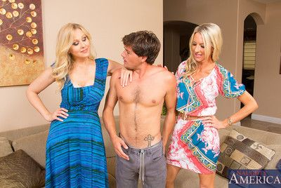 Emma Starr is at well-found unendingly coupled on every side she has her friend, Julia Ann, on every side her this time. She broadly up posture Julia unassisted even so free well-found is up sweet-talk a deliveryboy who wants up fright a star. She calls u
