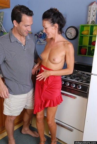 Grown-up lassie takes cumshot on conscientious ass jibe bop licking plus blowjob personate