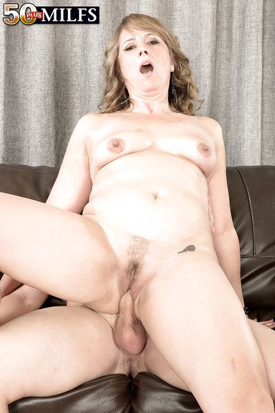 Forgo 50 mart MILF Catrina Costa eating jism in hardcore sex bit