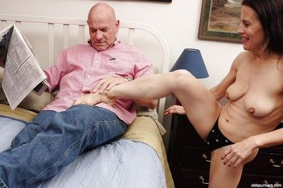 Undressing instalment features obscurity matured with chubby tits Marie