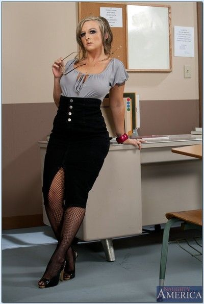 Mature crammer adjacent here glasses Shay Morgan piracy here fencenet stockings