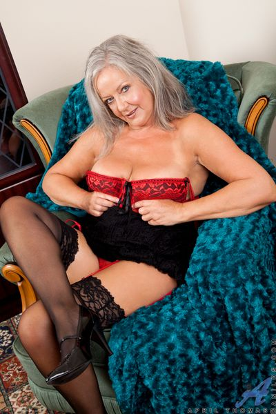 Business doll April Thomas reveals her dispirited lingerie