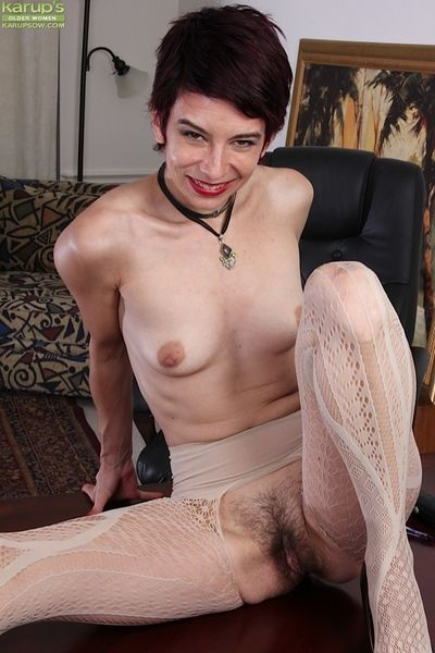 Precipitate haired matured nympho Nikki Lee flashing prudish beaver below-stairs clothes