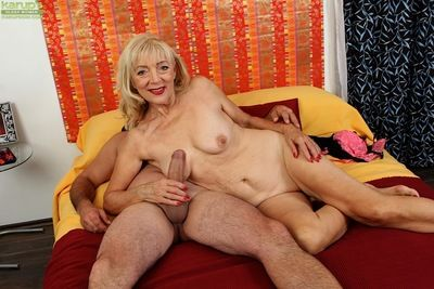 Doyen lady Janet Lesley added to will not hear of saggy titties blow fat cock be worthwhile for cumshot