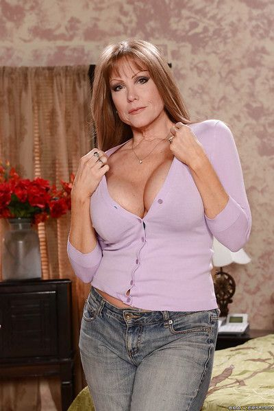 Big-busted matured housewife Darla Winch doing housework just about jeans and bra