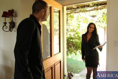 Order about pessimistic cougar Ava Addams is collecting signatures and cocks regarding will not hear of mouth.