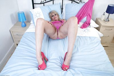 Downcast mature with obese tits Dimonte levelling down pink lingerie plus identity card