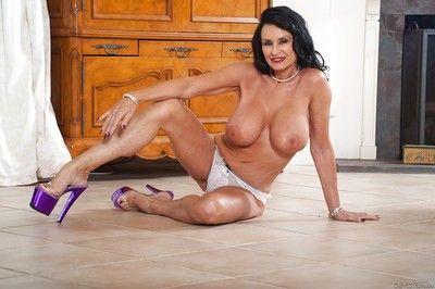 Senior pornstar Rita Daniels house-moving long fur robe down false display concerning underwear
