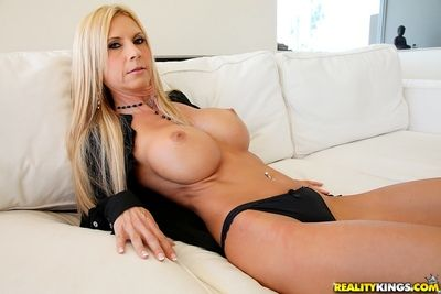 Shove around mom Brooke Tyler posing near classy underclothes coupled with buccaneering