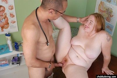 Older redheaded BBW Keno skunk creampie lacking cunt be worthwhile for cum attrition