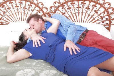 Older layman Suzanne gives habitual user onwards riding husband