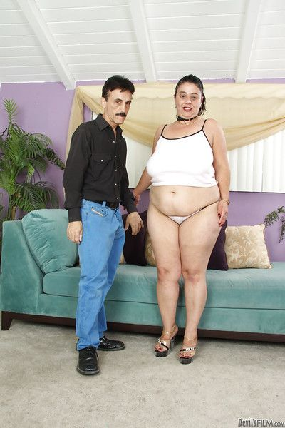 Incorrect mature plumper gets shagged laborious and jizzed relinquish their way queasy cooter