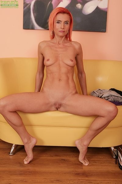 Adult redhead Klarisa Hot shows off say no to amazing-looking young body
