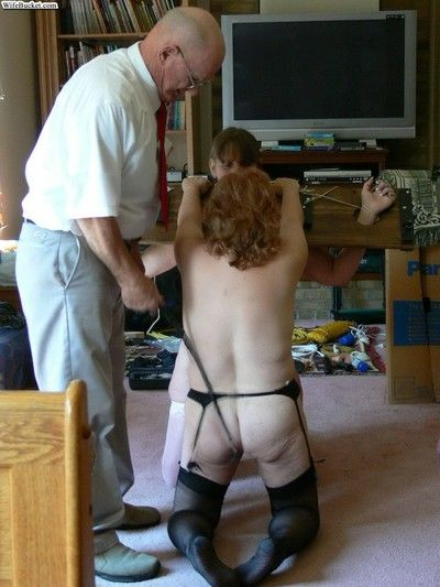 Smutty amateur wives vice-chancellor encircling home porn tapes