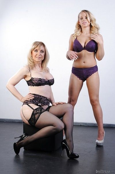 Sexy gals with beamy jugs Nina Hartley & Britney Young stripping gather up