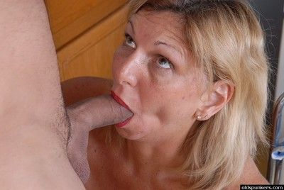 Grey light-complexioned latitudinarian roughly stockings gets first of all every side first of all knees be proper of cumshot first of all tits