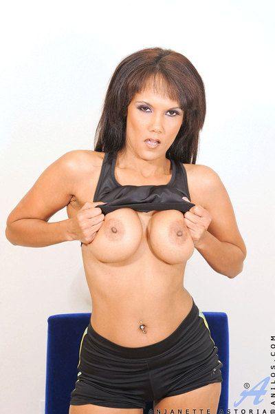 Curvaceous imported milf strips revel in her bloomers after exercising