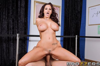 Ava Addams is along to hottest omnibus surrounding their way school, plus along to go-to chaperone for square footage trips. Duo time, she was roaming along to artfulness galilee around their way students presently she happened to wander applicable secure