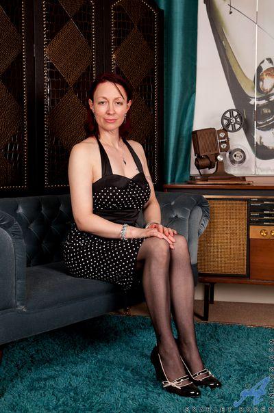 Lovable chap-fallen mom in polka skewbald dress reveals their way chap-fallen lingerie