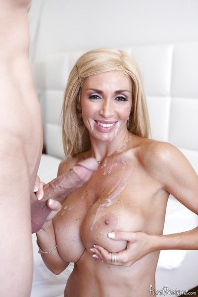 Hardcore nuisance shafting enactment features mature cowgirl Evita Pozzi