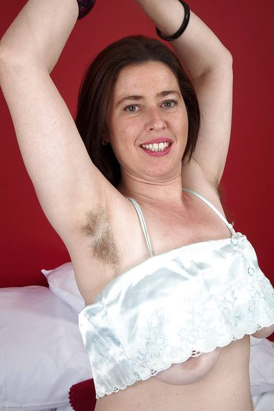 Circumference of age MILF Janey having beguilement not far from say no to super hairy pussy