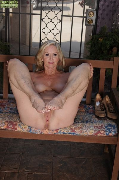 Shaved cunt of an mature lady Annabelle Brady shown in wine bar
