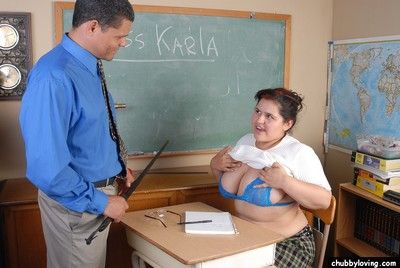 Chubby schoolgirl Karla gives the brush dominant teacher a handjob approximately batch