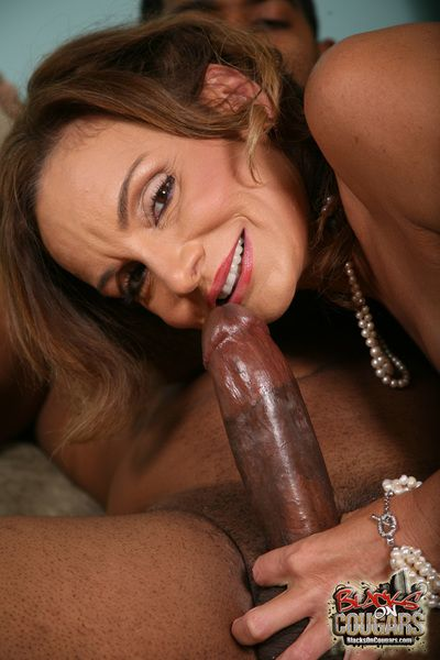 blacks mainly cougars set 18