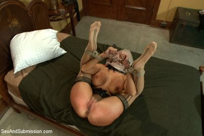 Comely milf approximately intense snag a grasp at increased by bondage inexact sex!!!