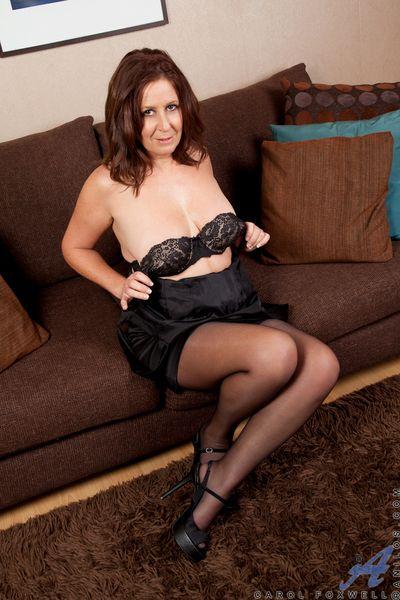 Hot milf here her black lingerie teasingly chap-fallen